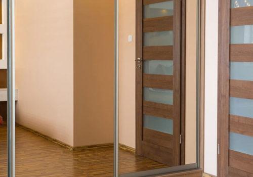 Как обновить межкомнатные двери?